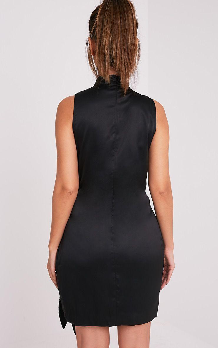 Rebecca robe noire en satin à nouer à la taille et ras du cou 2