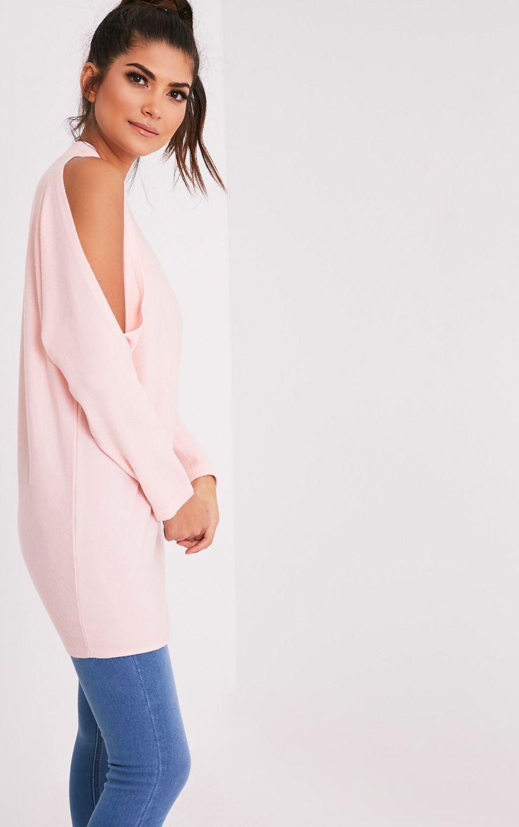Shela pull rose pâle tricoté fin à épaules découvertes 4