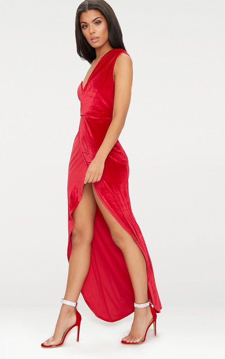 robe longue bretelle unique en velours rouge fente. Black Bedroom Furniture Sets. Home Design Ideas