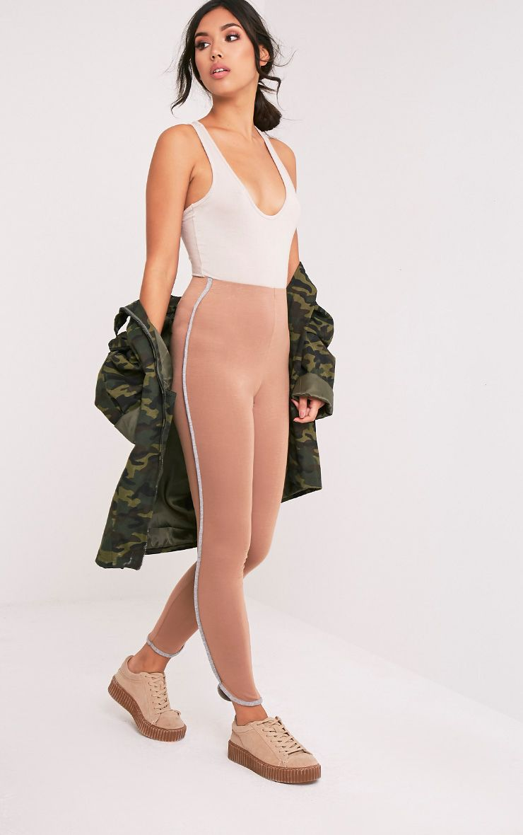 Bee Camel Contrast Piping Leggings 1