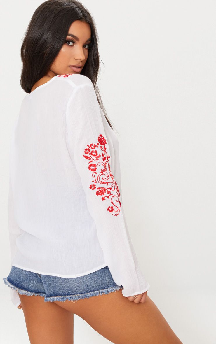 Discount Outlet Discount Recommend White Cheesecloth Embroidered Tassel Blouse Pretty Little Thing 3wjajTgE