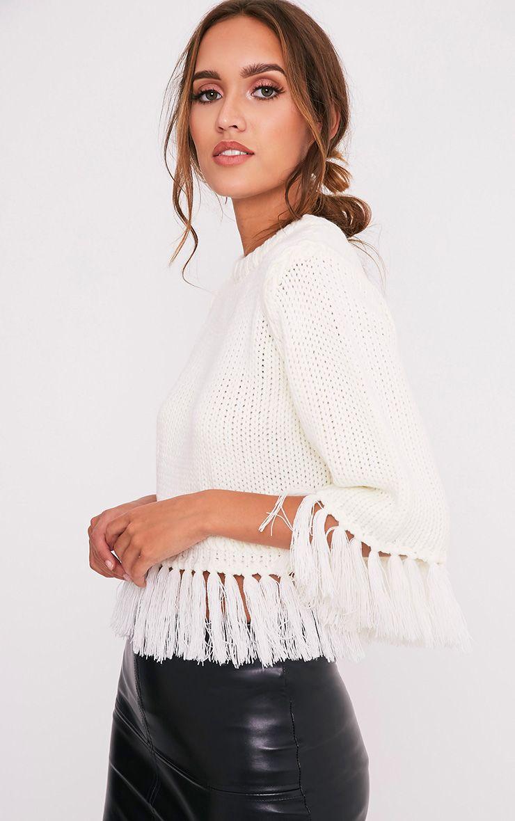 Shelia pull tricoté court à franges crème 4