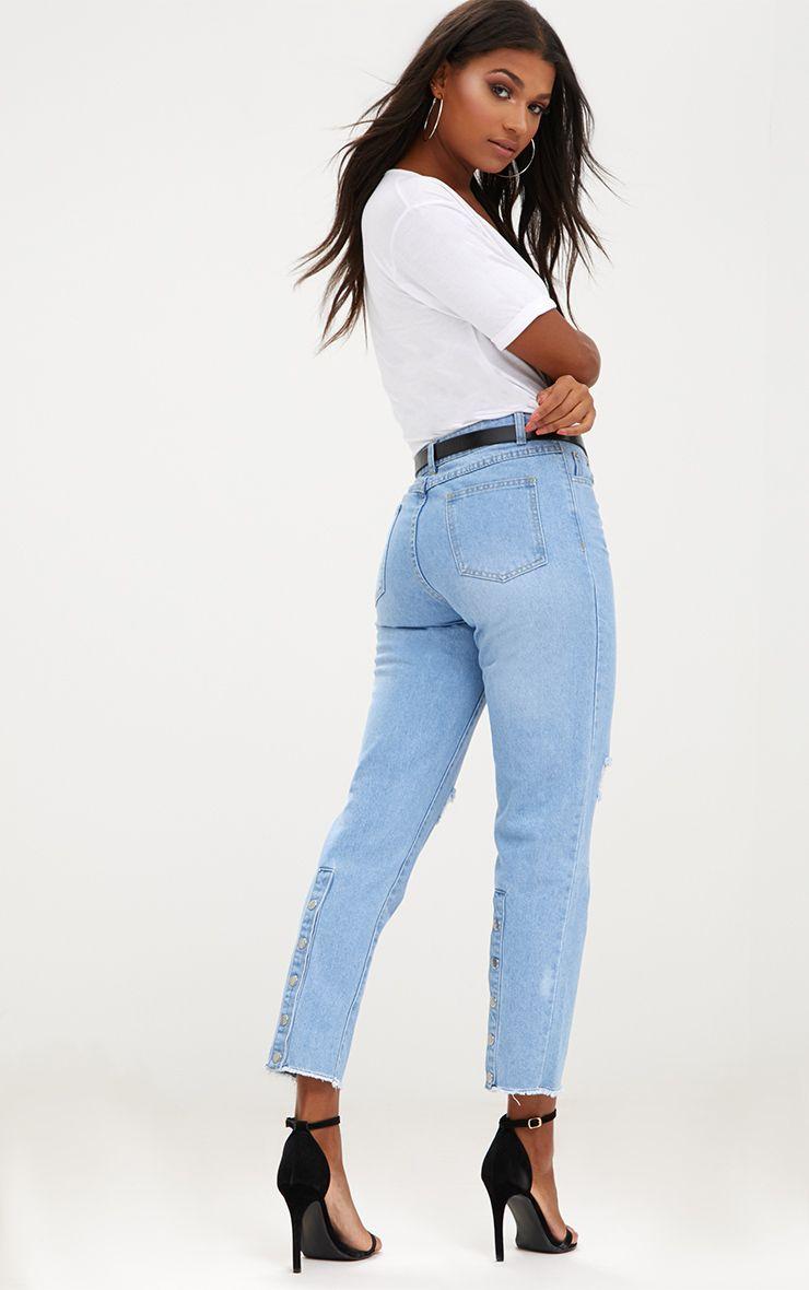 Light Wash Popper Back Mom Jeans