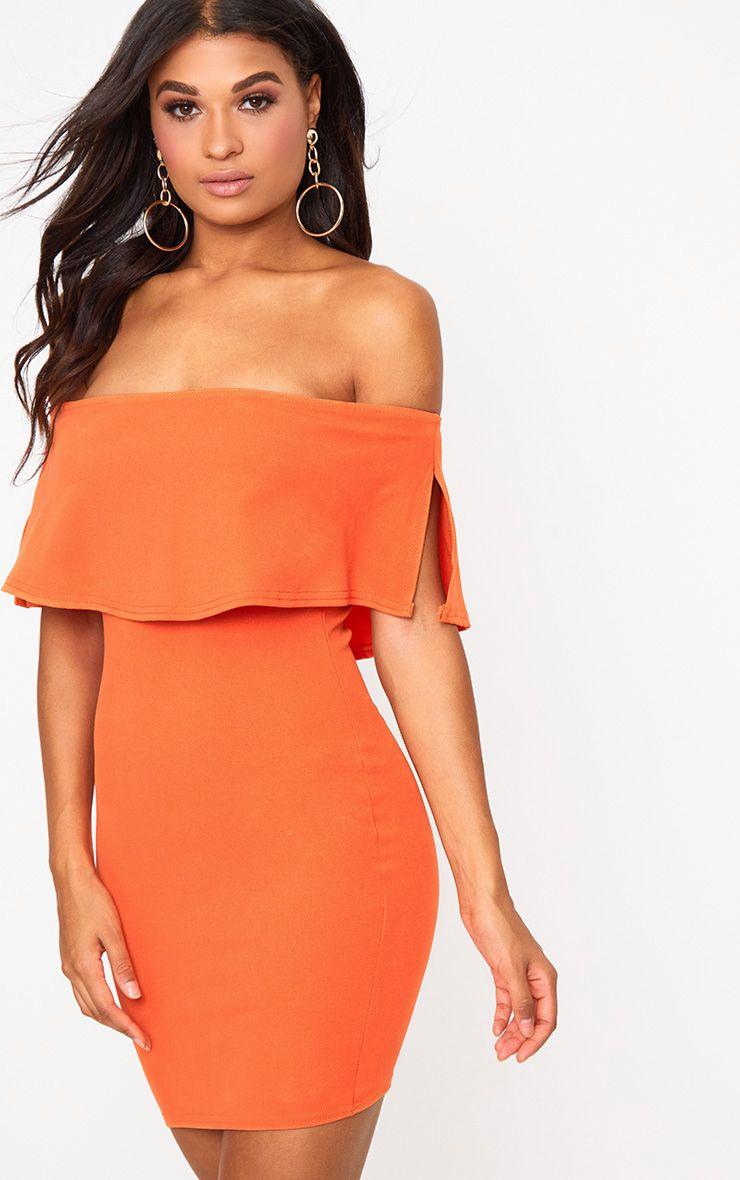 Robe moulante bardot orange vif à volants
