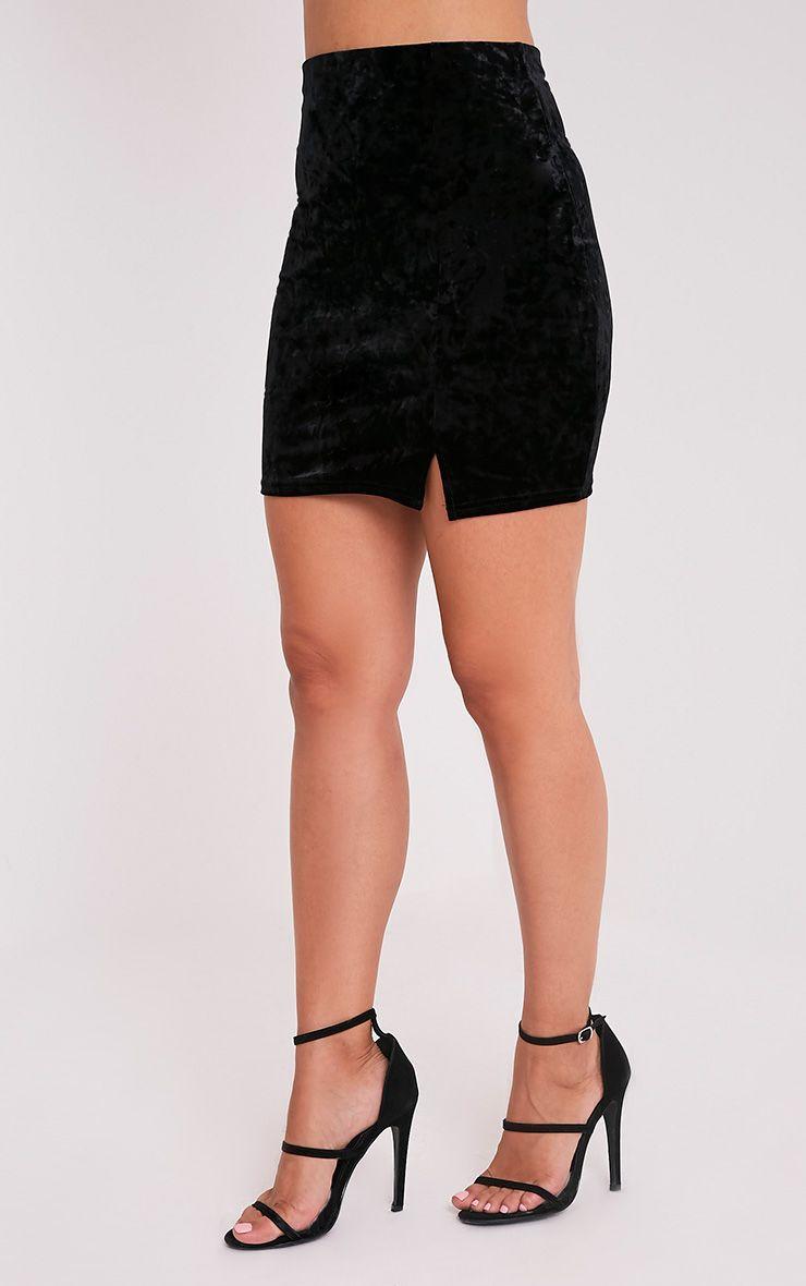 Sinead minijupe noire fendue sur le côté en velours écrasé 4