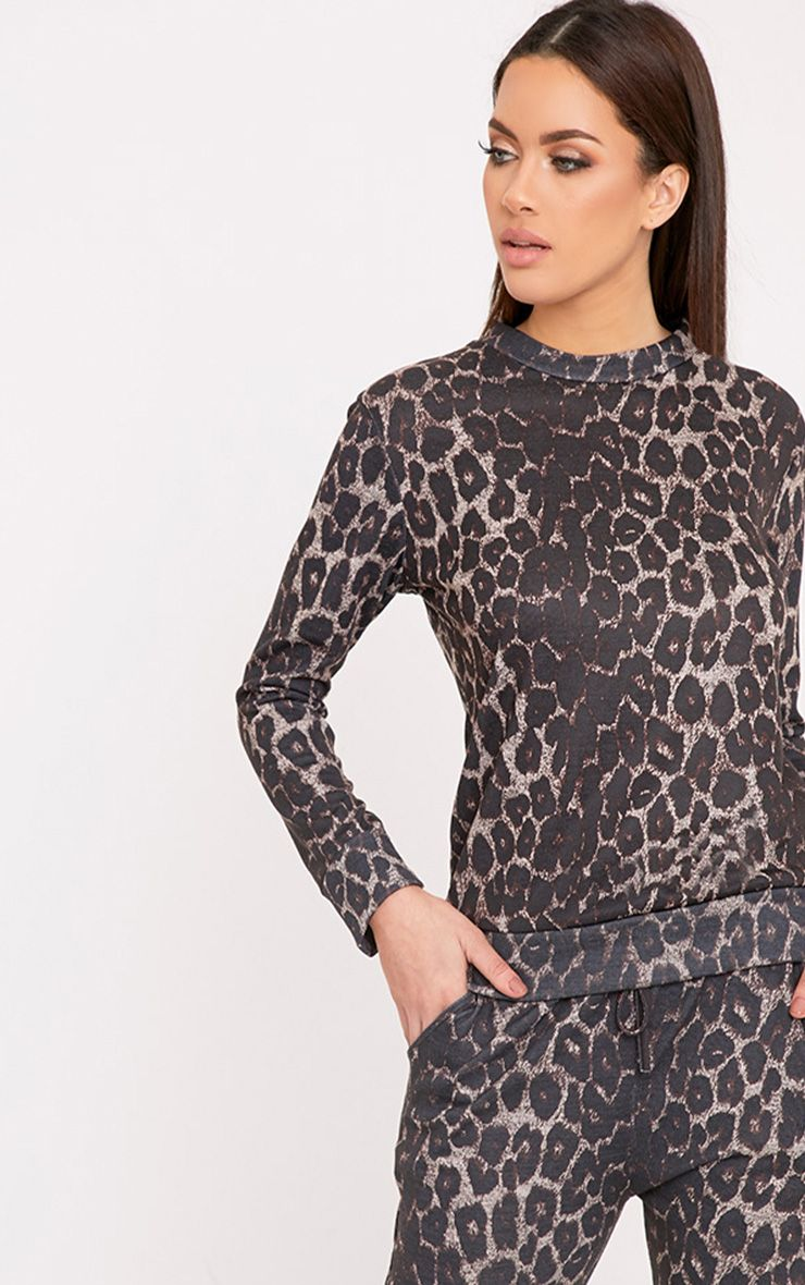 Sofiee Black Leopard Print Sweater