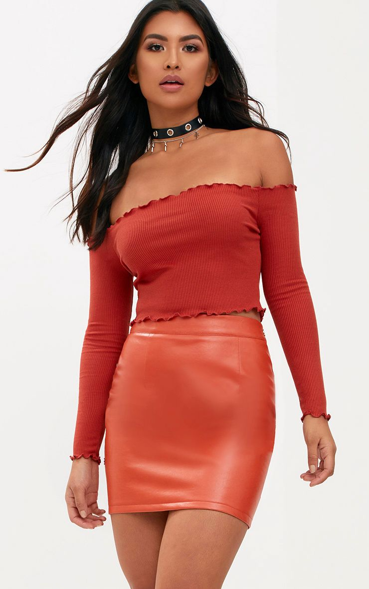 Spice Frill Edge Crop Top
