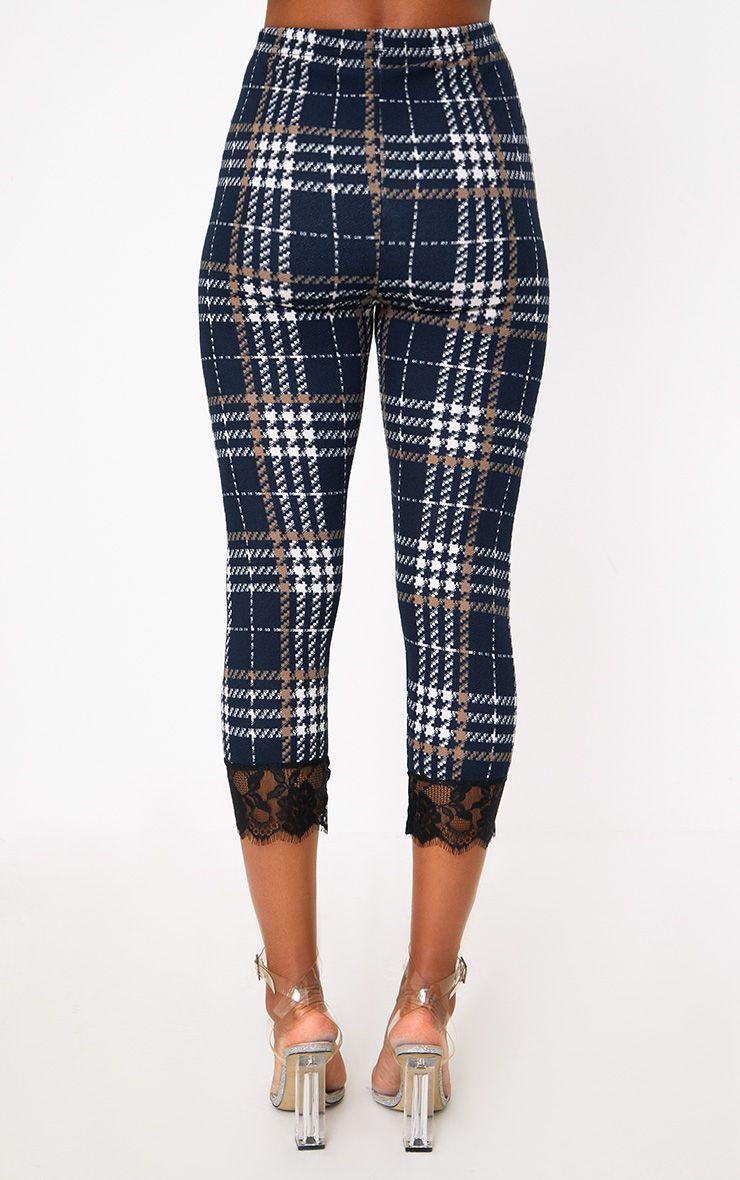 Pantalon carreaux bleu marine skinny orn de dentelle for Pantalon a carreaux