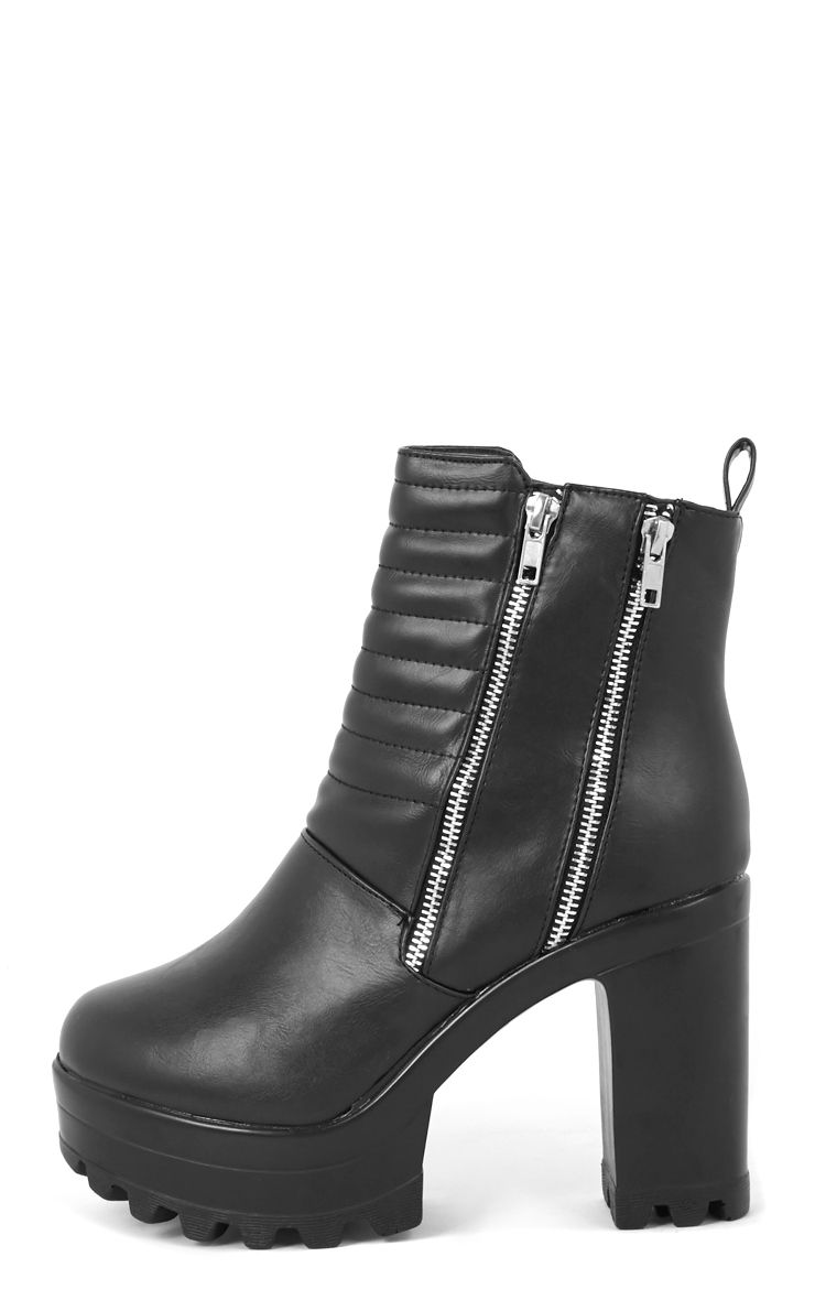 Shika Black Ribbed Front Cleated Boot  1