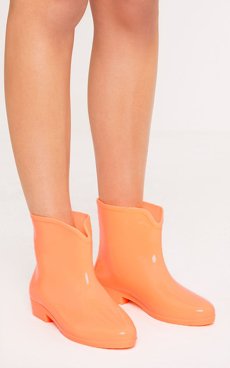 Kailee Orange Glow In The Dark Short Rain Boots