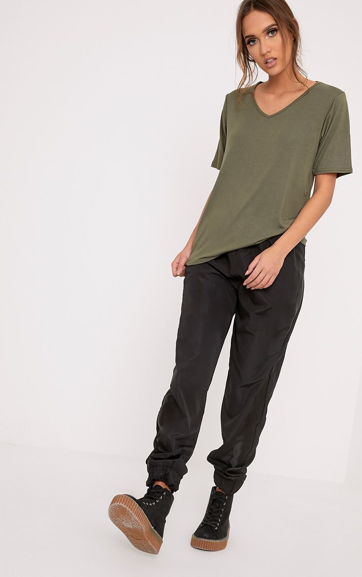 Basic Khaki V-Neck Oversized T-Shirt
