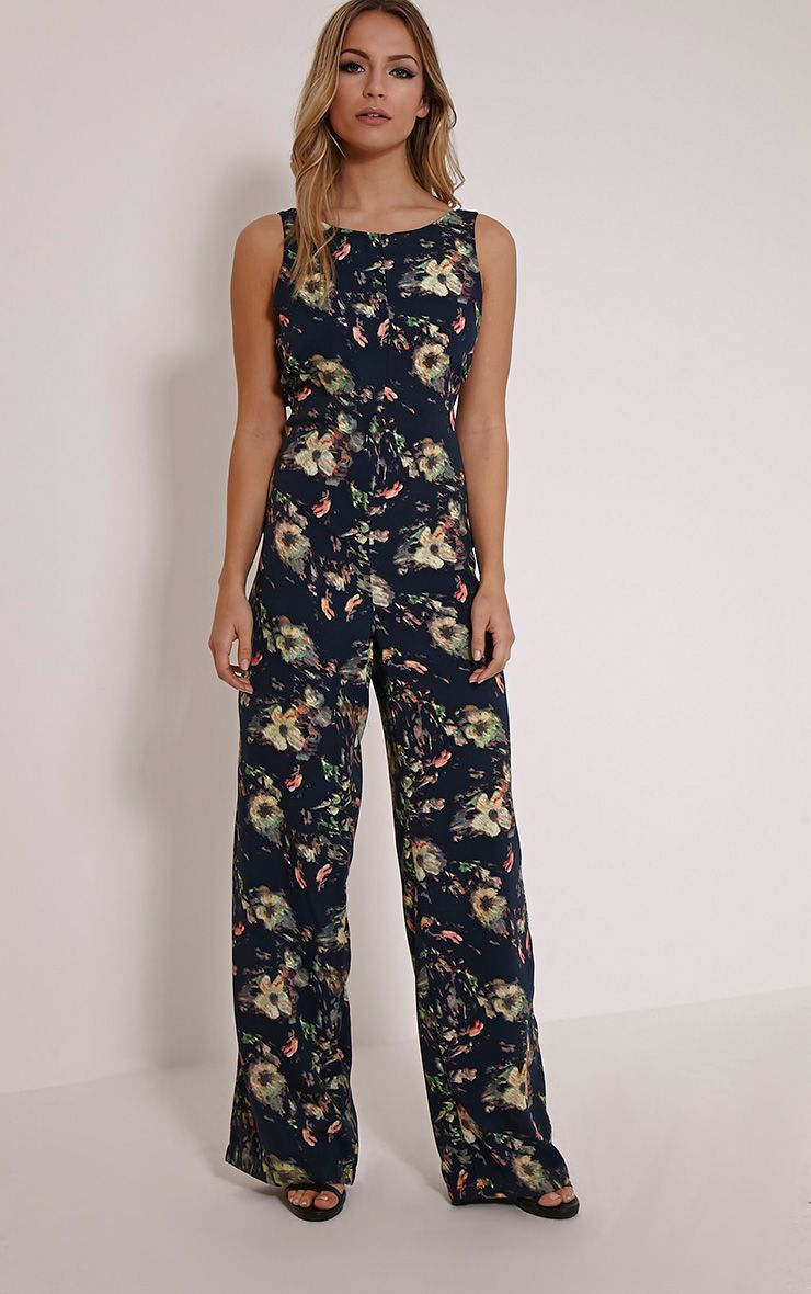 Find directional women's designer Jumpsuits on sale at Farfetch. Discover striking key designer pieces at oustanding prices.