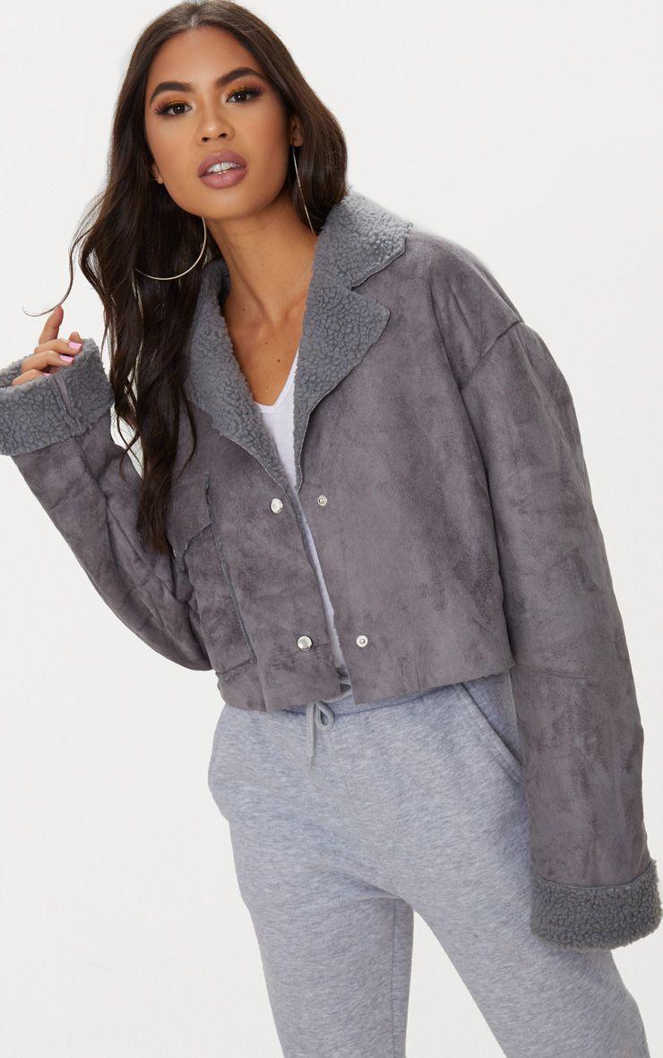 Veste courte en imitation daim gris avec détail poche