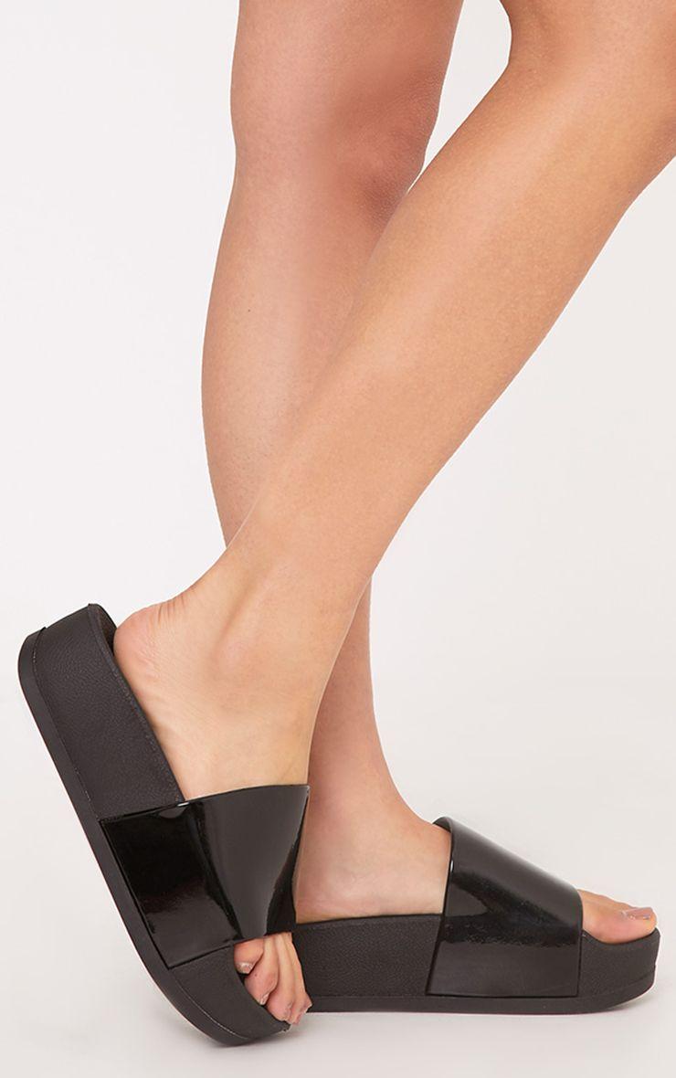 Nataylia Black Flatform Sliders