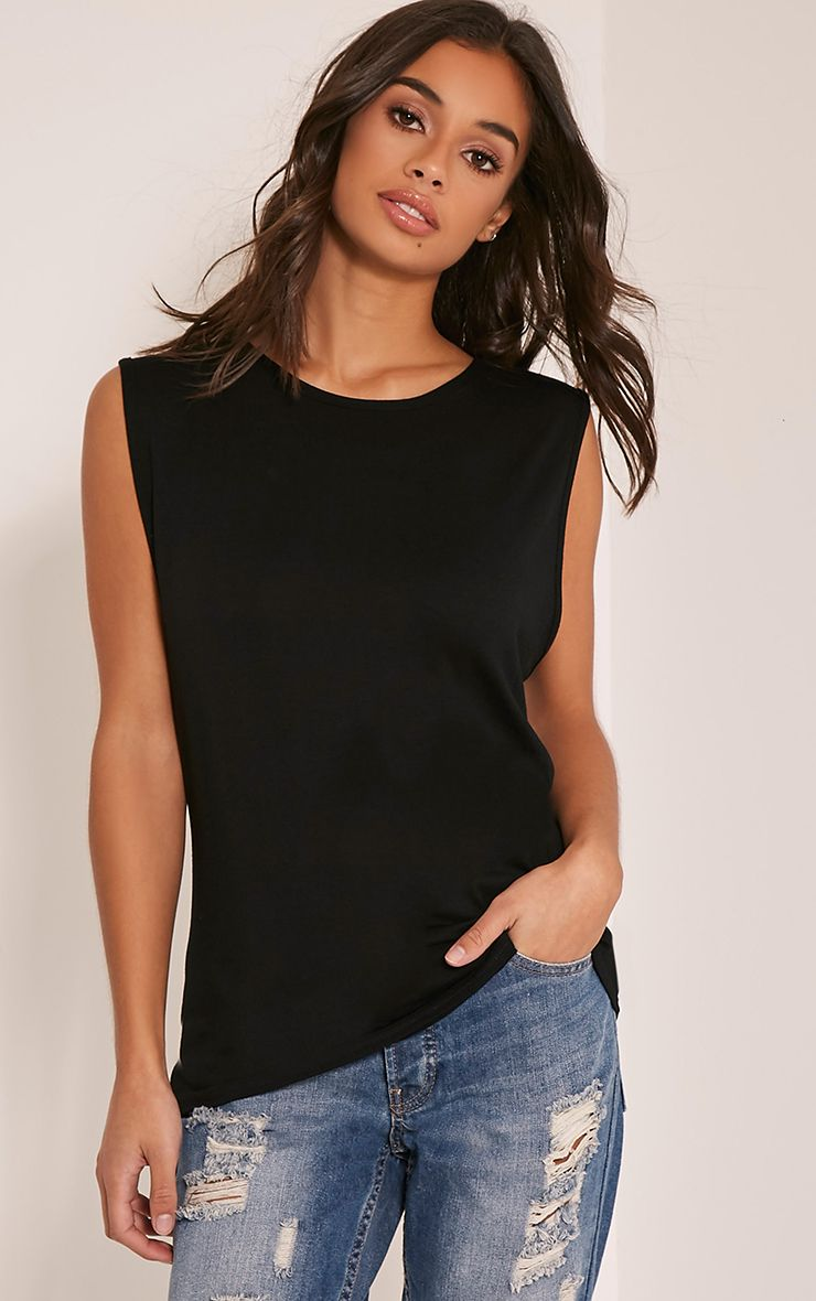 Basic Black Round Neck Vest 1