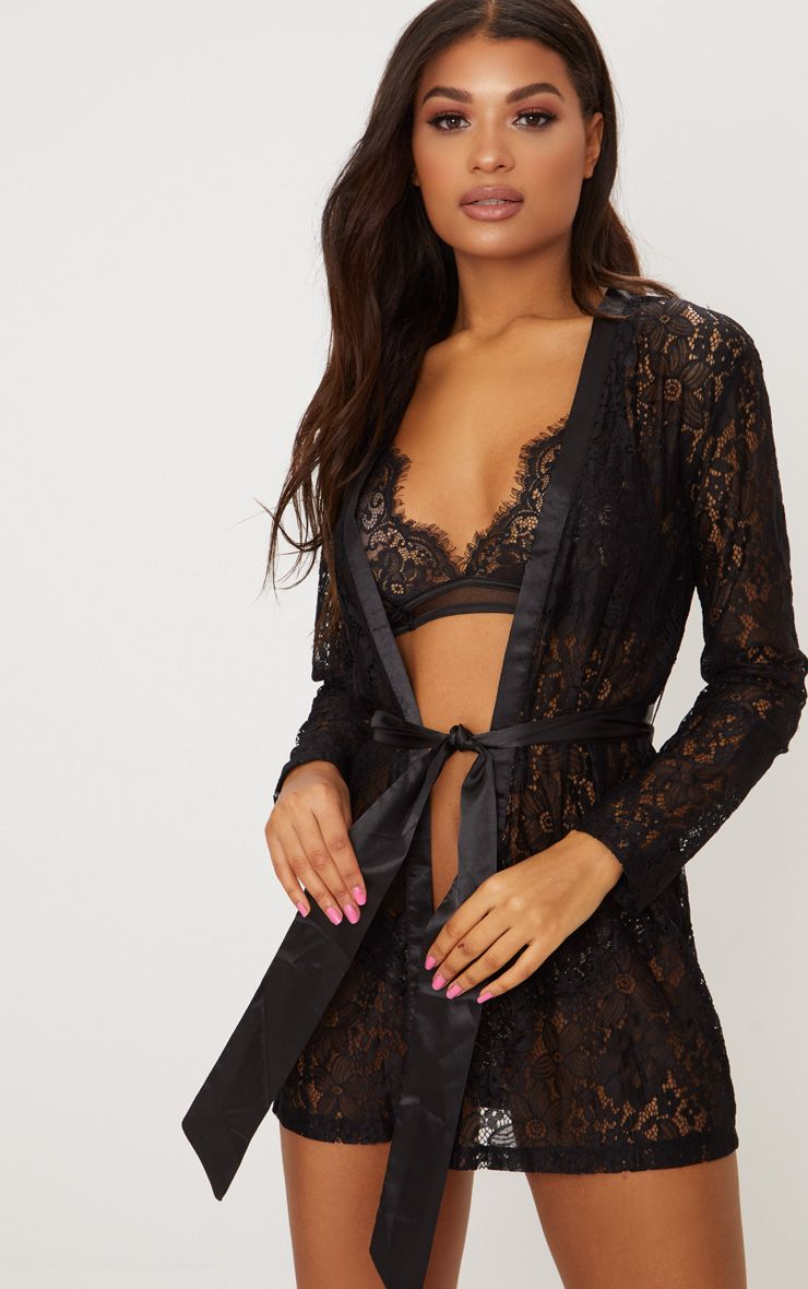Black Floral Lace Kimono Sleeve Robe