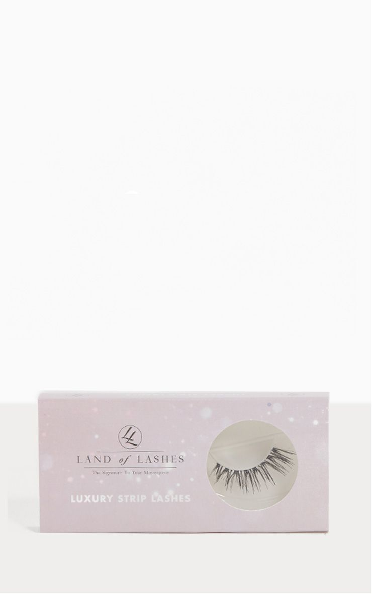Land of Lashes Luxury Strip Lashes LW07