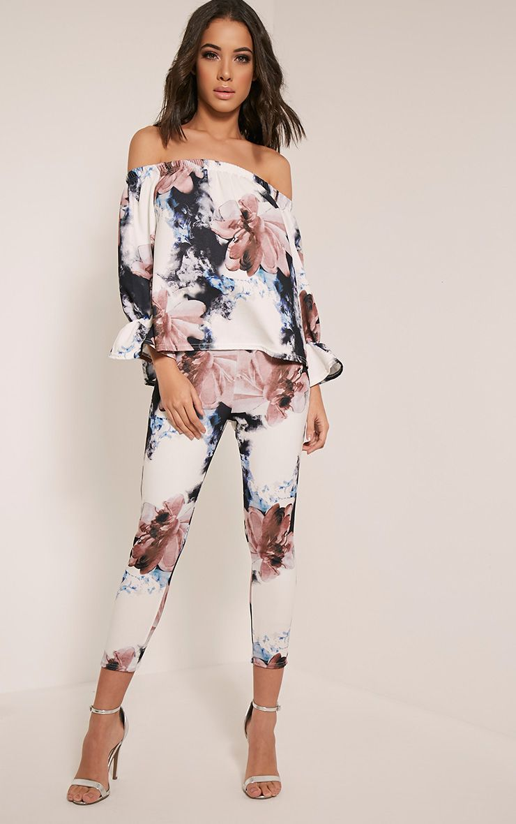 Natillia Navy Floral Cropped Trousers 1