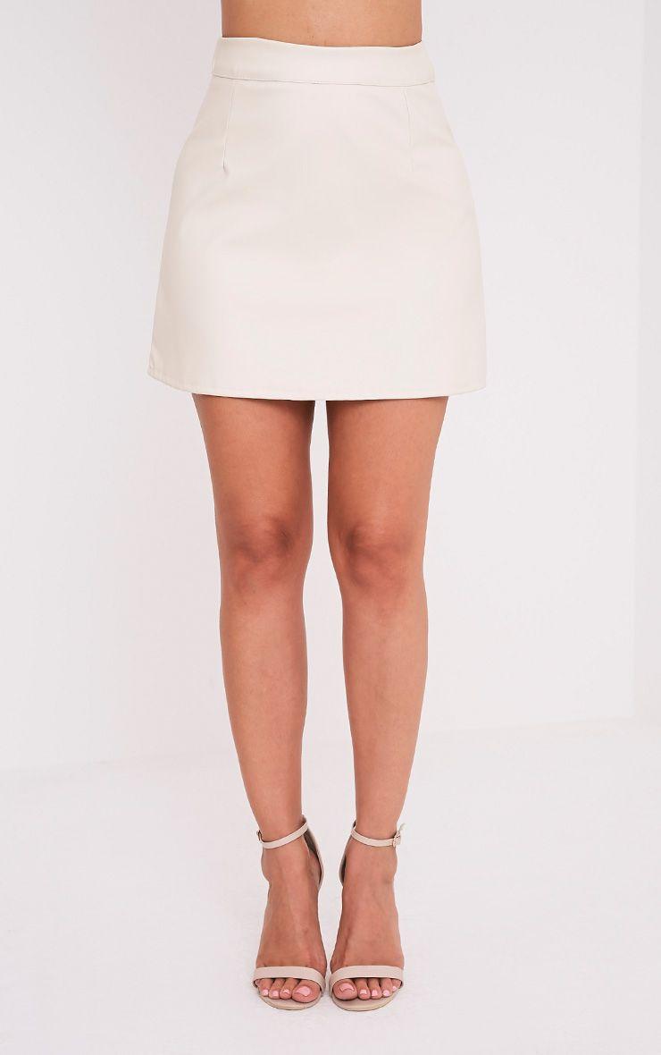 Rose jupe mini trapèze crème imitation cuir à bandes 2