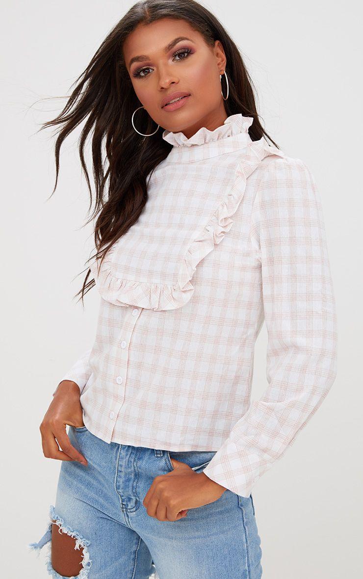 Chemise rose à carreaux et col volanté