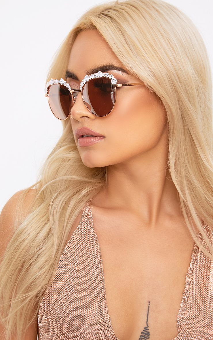 Masa White Flower Trim Sunglasses