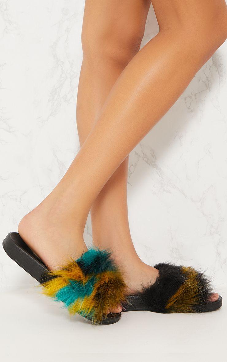 Multi Faux Fur Sliders