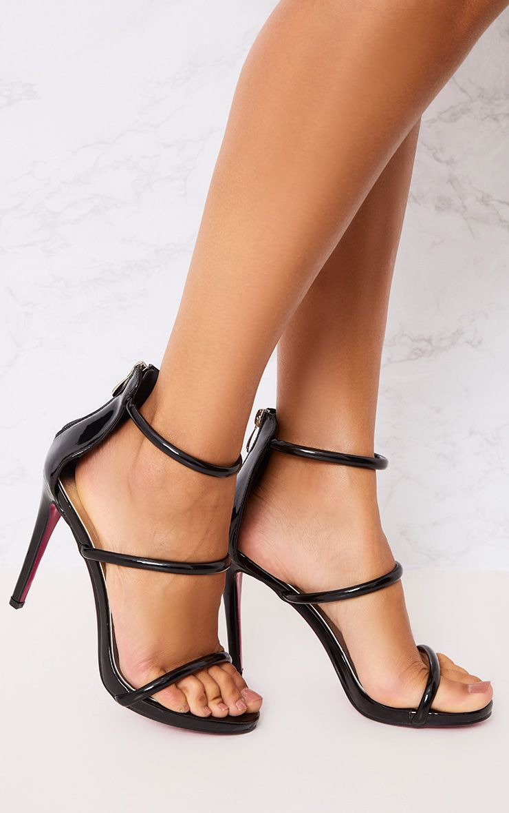 Marthea Black Tube Strap Heeled Sandals