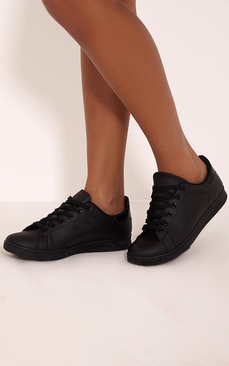 Ari Black Casual Lace Up Trainers 1