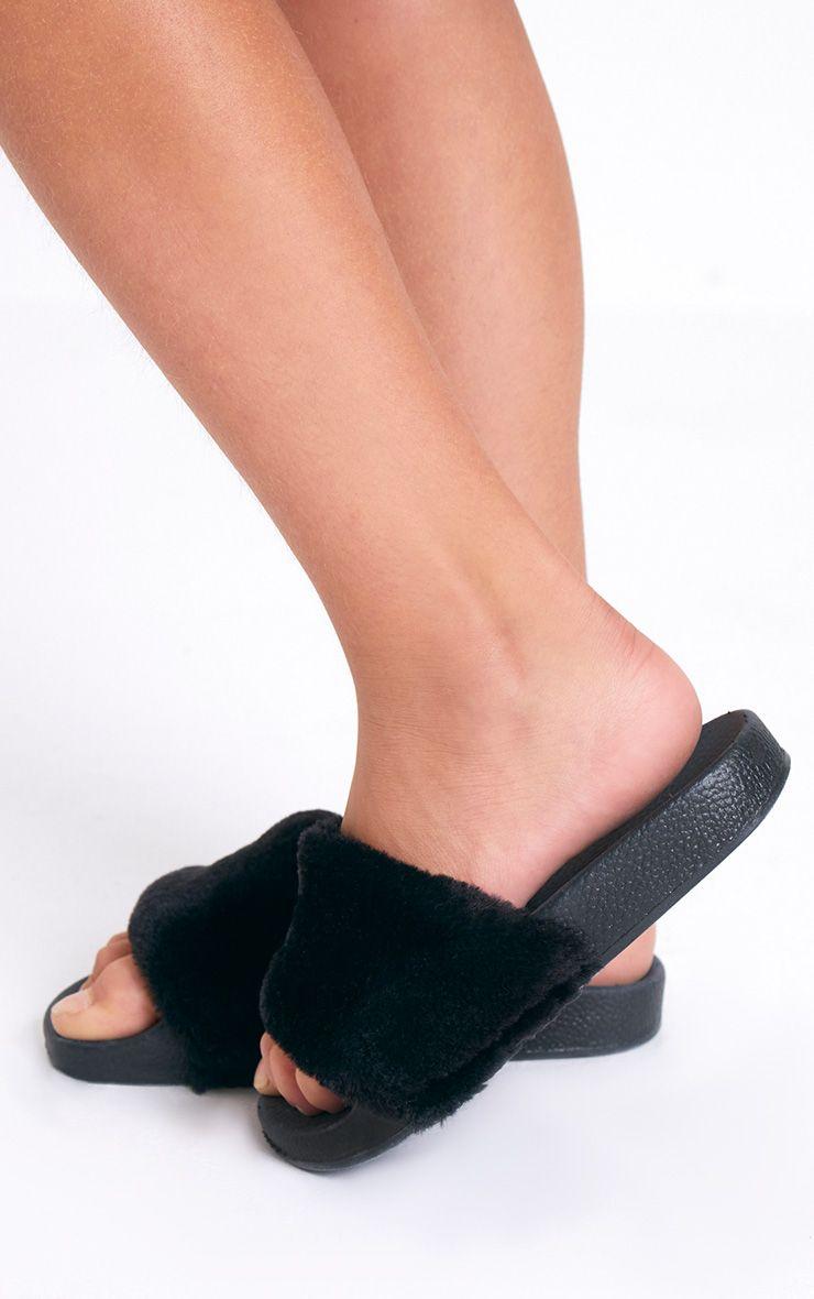 Black Fur Slider