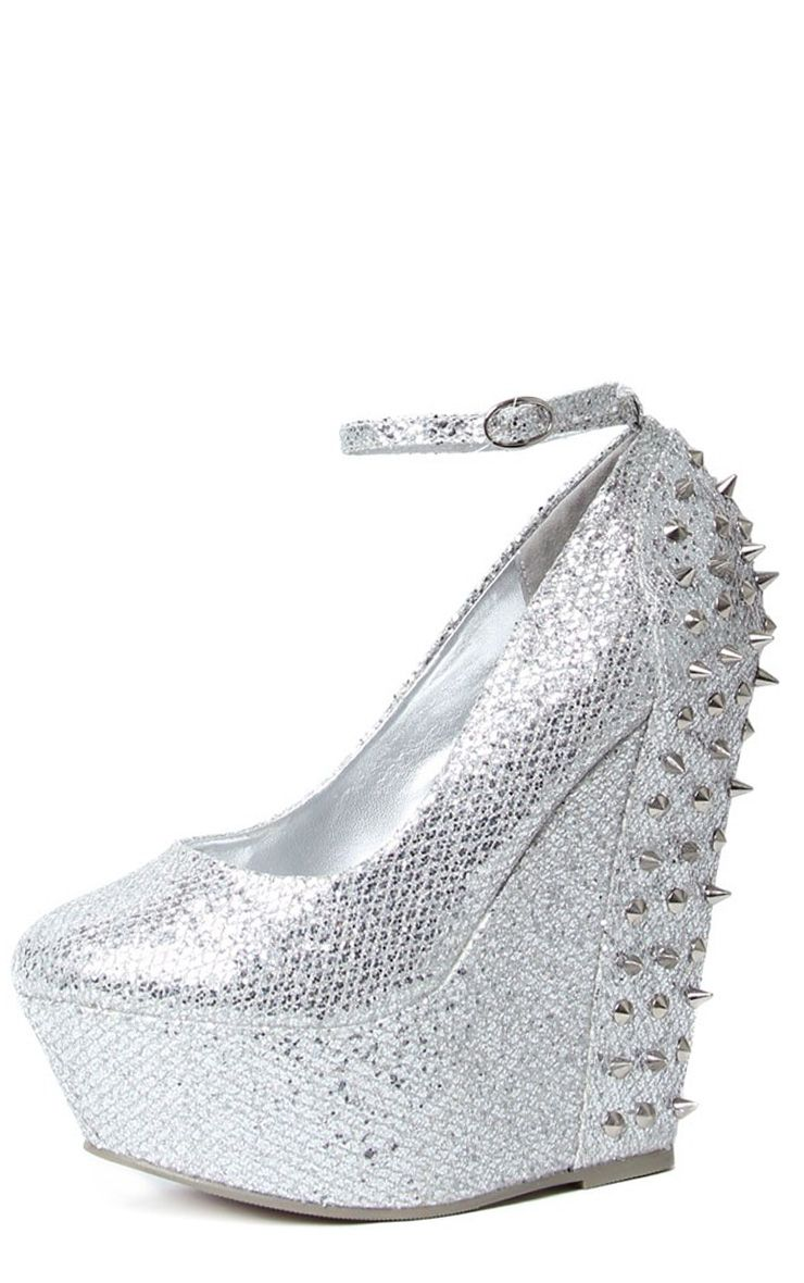 Product photo of Kennedy silver spike wedge grey