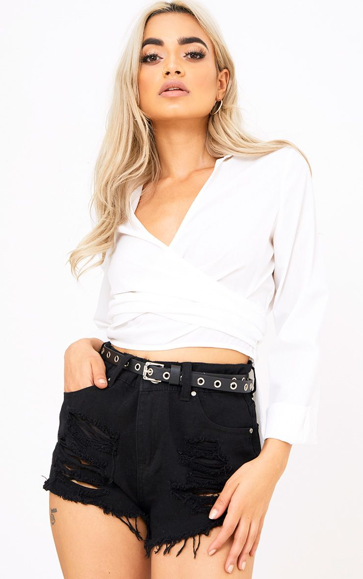 Black Small Eyelet Detail Belt