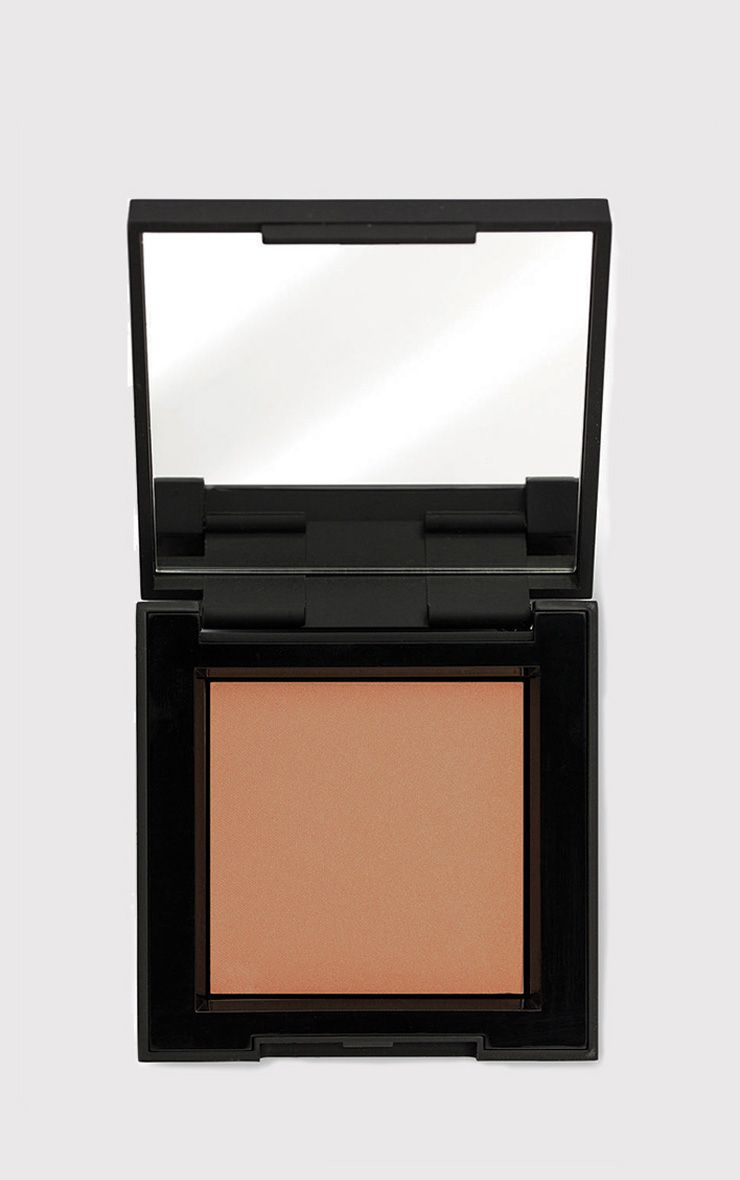 High Definition Beauty Medium/Dark Bronzer