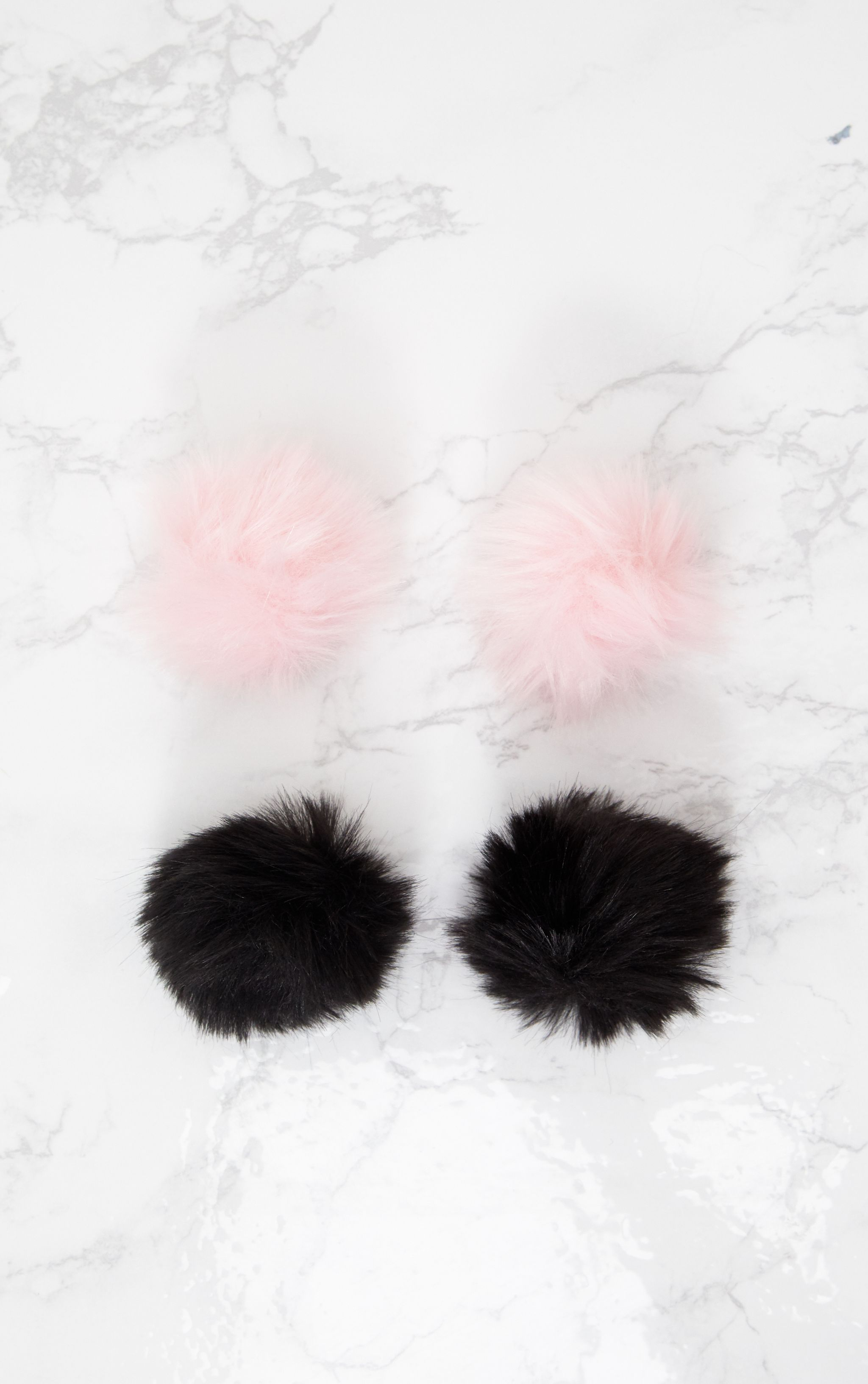 Black and Pink Shoe Pom Pom Pack