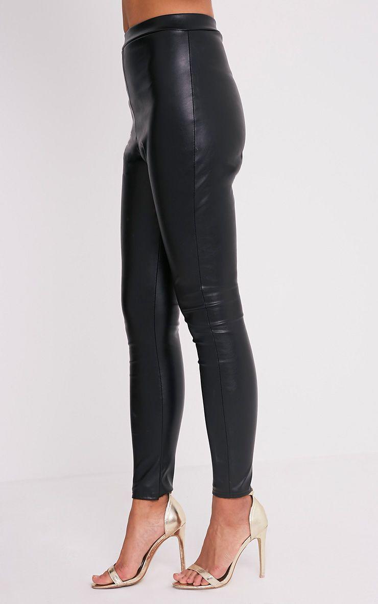 taryn legging imitation cuir noir leggings chaussettes et collants prettylittlething. Black Bedroom Furniture Sets. Home Design Ideas