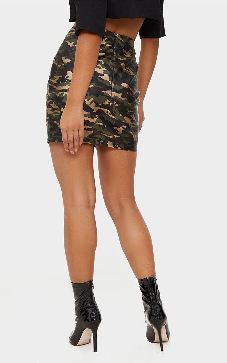 mini jupe imprim camouflage kaki imitation cuir jupes. Black Bedroom Furniture Sets. Home Design Ideas
