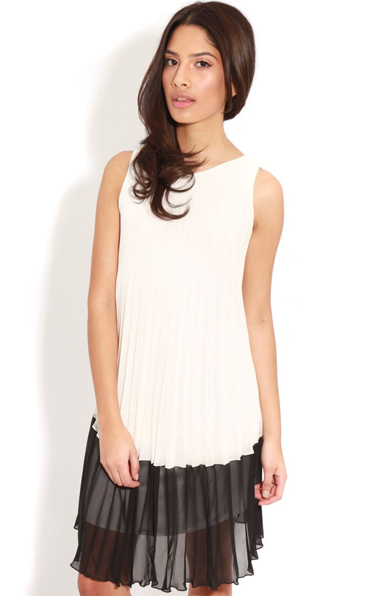 Alexa Monochrome Pleated Dress 1
