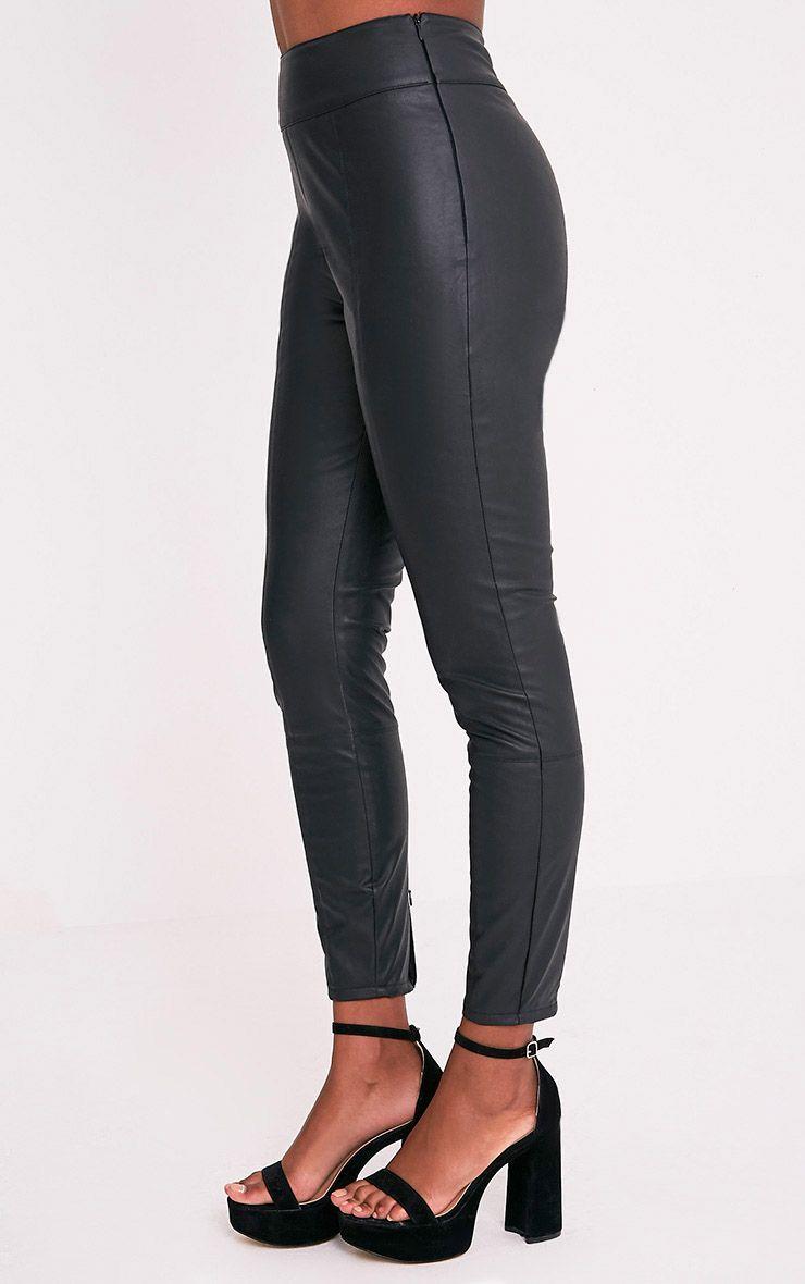 Denice pantalon skinny en imitation cuir noir 4
