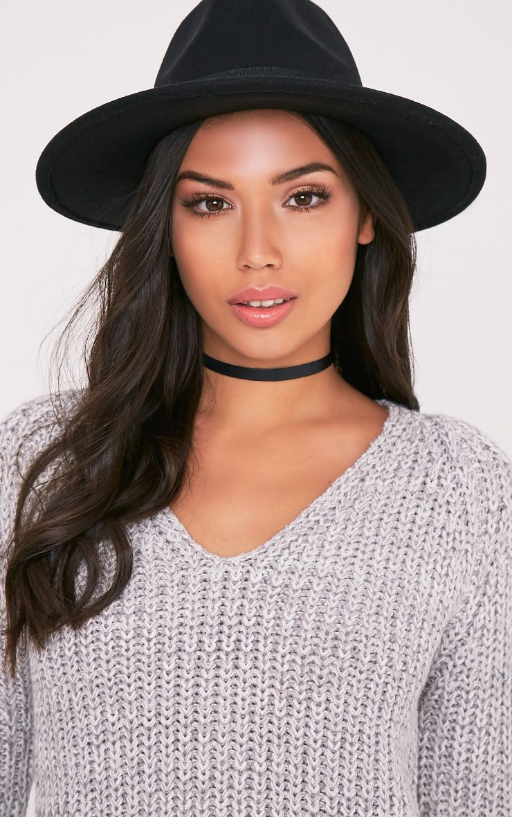 Kynia Black Wide Fedora Hat