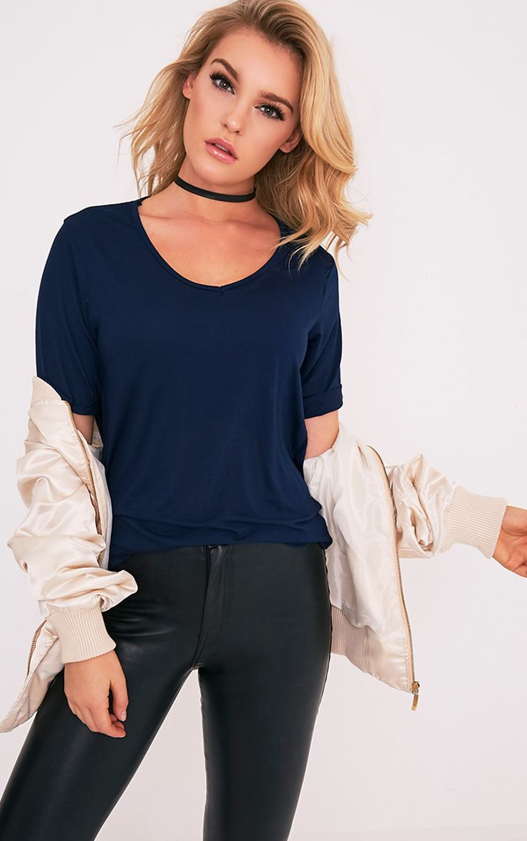Basic Navy V-Neck Oversized T-Shirt 1