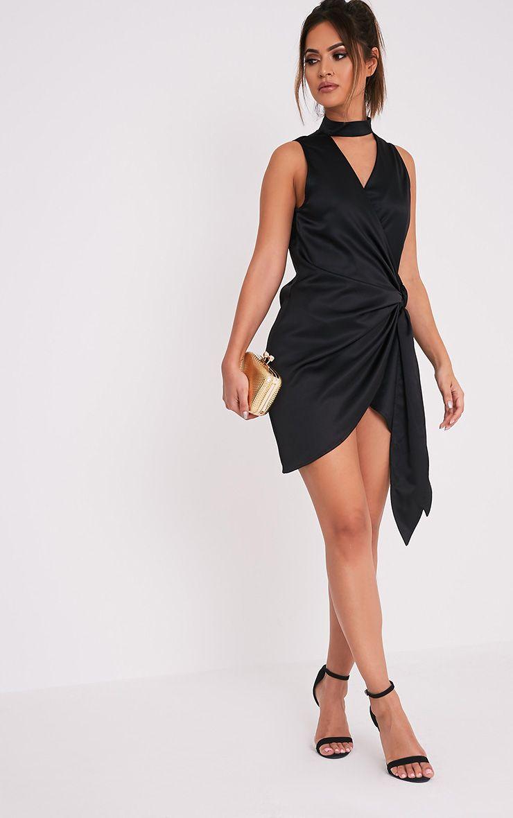 Rebecca robe noire en satin à nouer à la taille et ras du cou 5