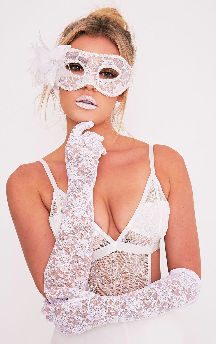 White Lace Long Gloves