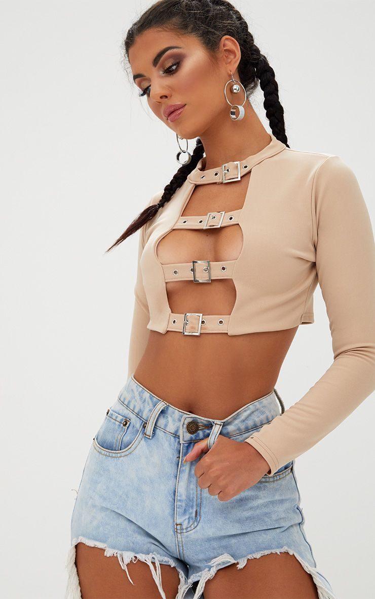 Stone Buckle Front Longsleeve Crop Top