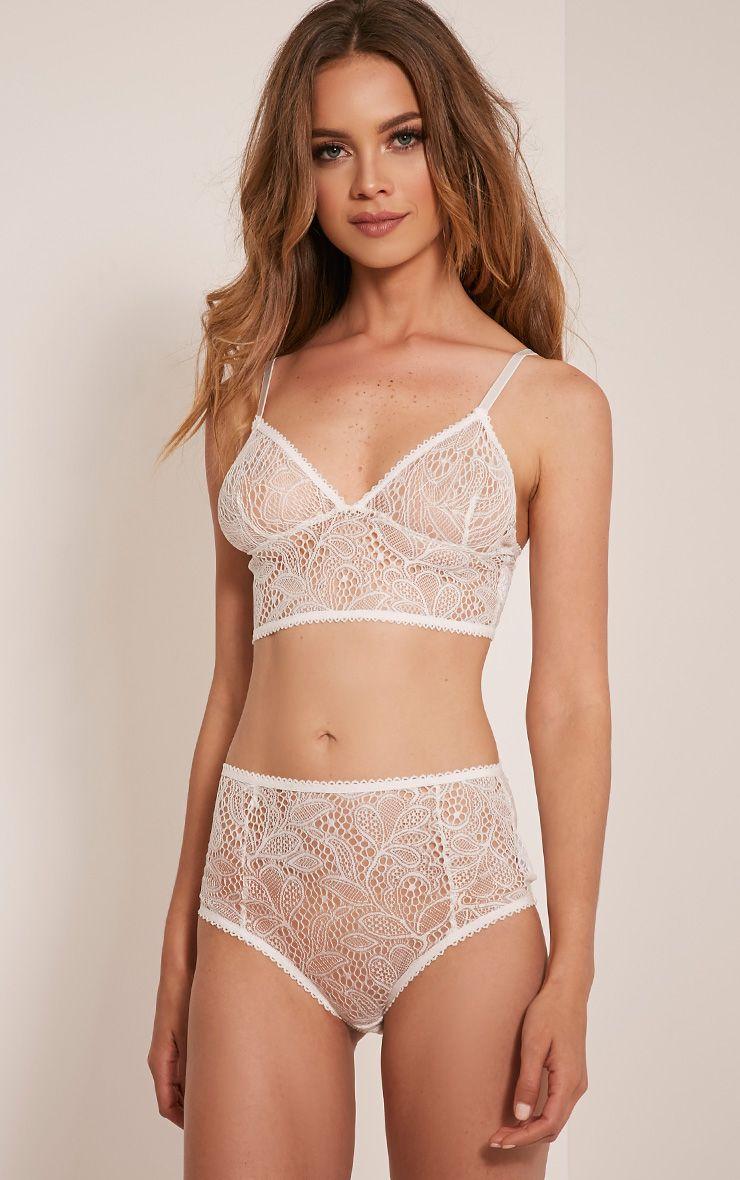 Leena White Lace Soft Bra 1