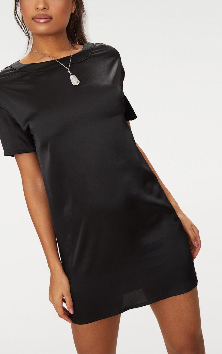robe t shirt en satin noir robes. Black Bedroom Furniture Sets. Home Design Ideas