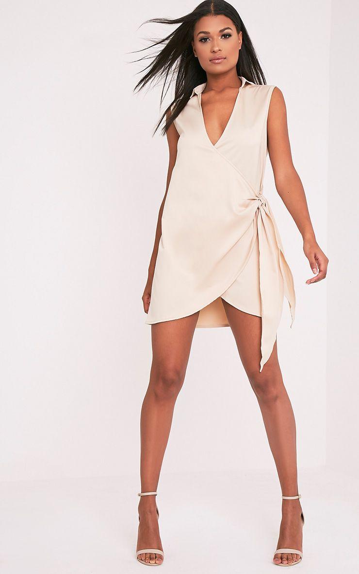 Shaylene robe chemise satinée nouée sur le côté sans manches champagne 5