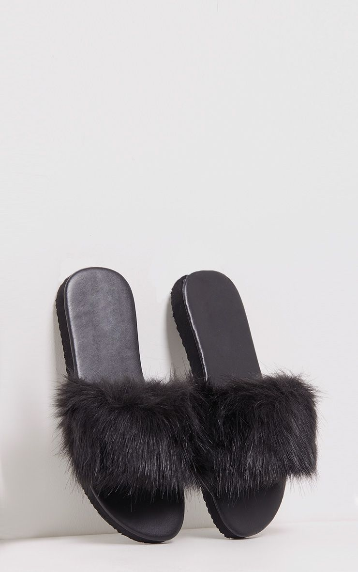India Black Fluffy Sliders