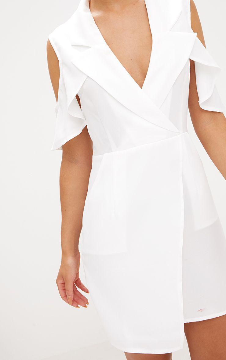robe blazer cache c ur blanche paules d nud es robes. Black Bedroom Furniture Sets. Home Design Ideas