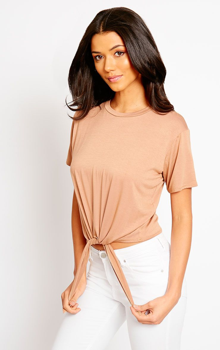 Basic Camel Knot Front T-Shirt 1