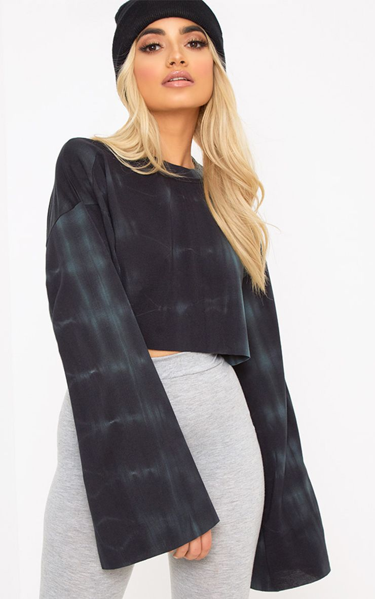 Black Tie Dye Cropped Extreme Sleeve Sweater