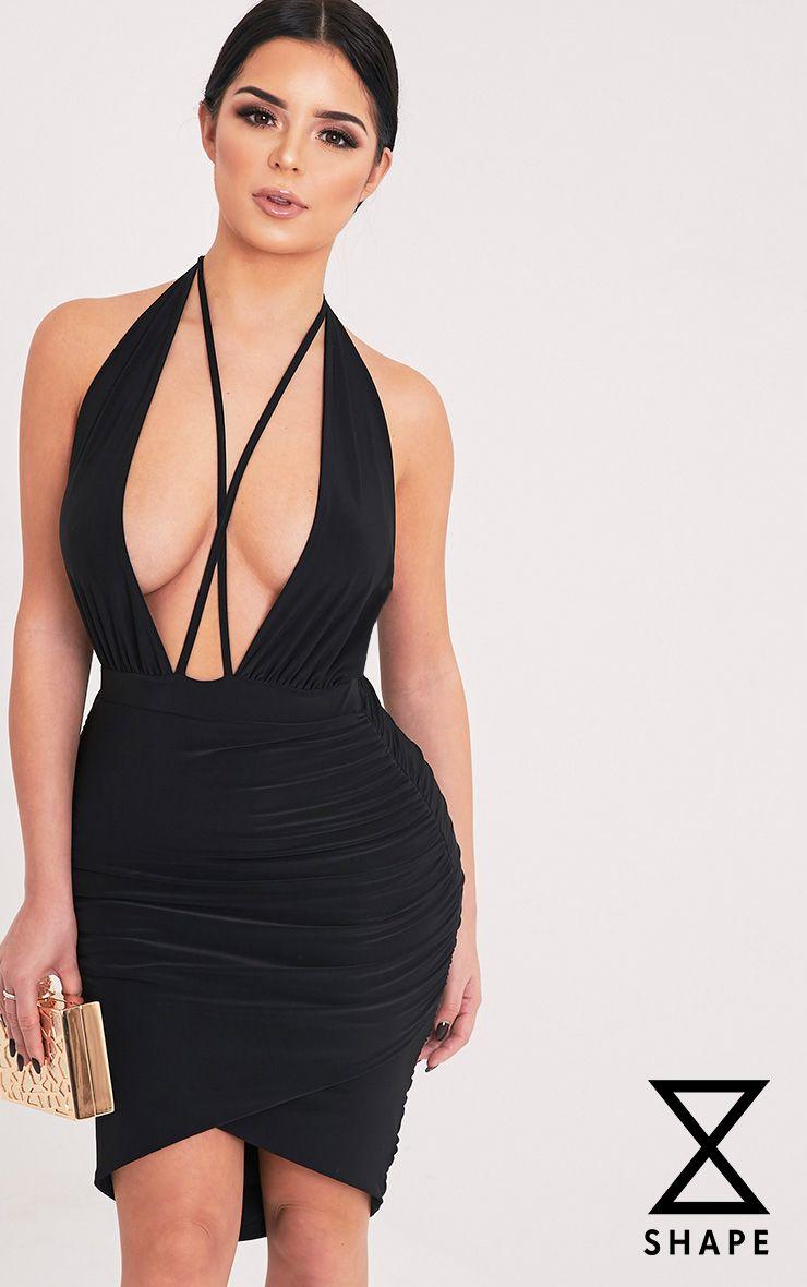 Fiona Shape robe noire froncée à décolleté plongeant et dos nu